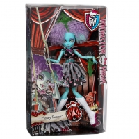 "Кукла Monster High Хани Свамп серии ""Монстро-цирк"" (CHY01-3)"